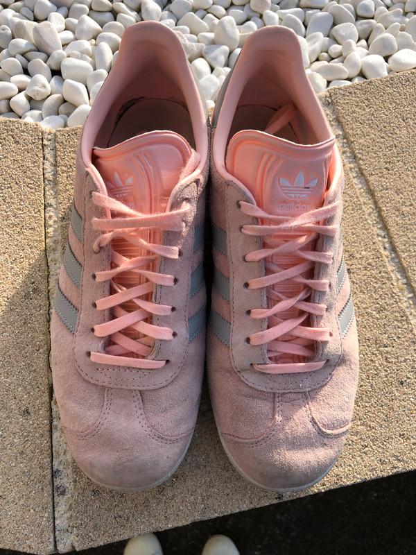 Adidas gazelle rose et gris taille 38 2/3